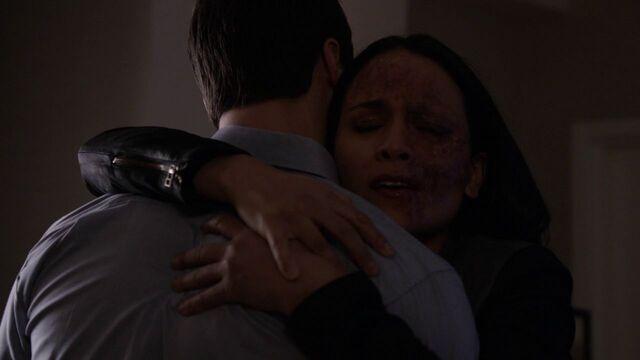 File:Agent-33-true-face-hugging-Ward.jpg
