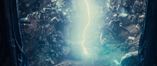 File:Thor-MjolnirSmash.jpg