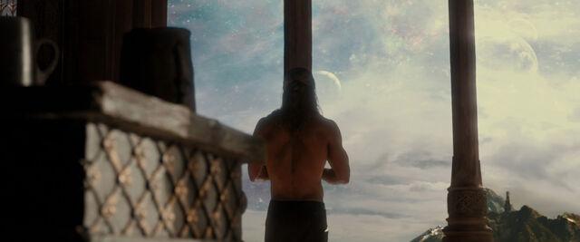 File:Thor-dark-world-movie-screencaps com-1216.jpg