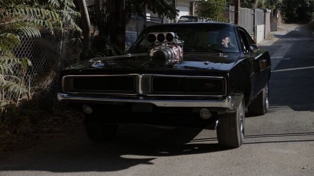File:Hell Charger 4x02.jpg