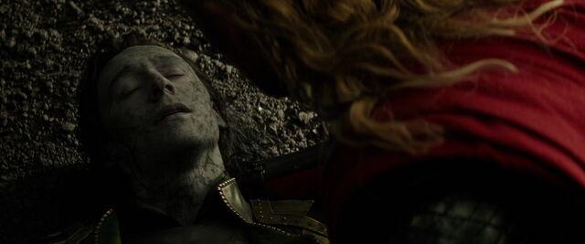 File:Loki-DeathScene-TTDW.jpg