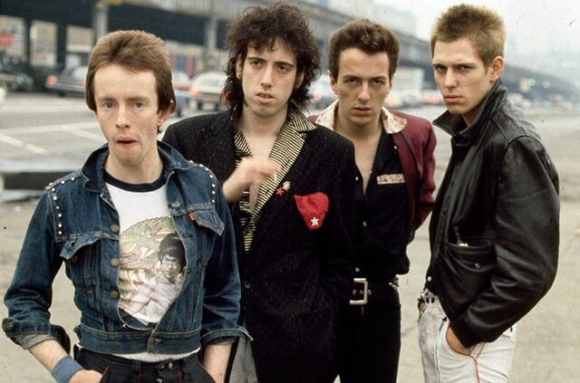 File:The Clash.jpg
