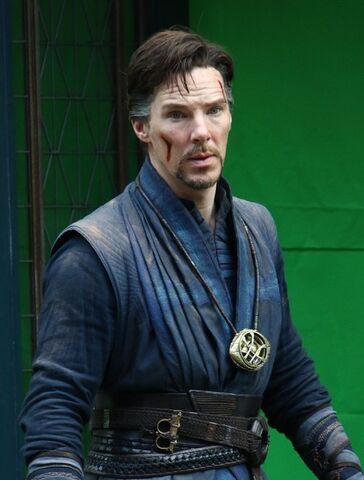 File:Doctor Strange Filming 67.jpg