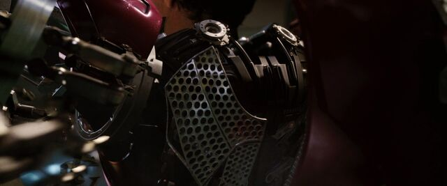 File:Iron-man1-movie-screencaps.com-8983.jpg
