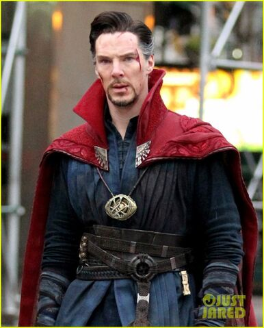 File:Doctor Strange Filming 24.jpg