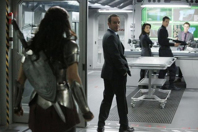 File:Agents of SHIELD Yes Men 05.jpg