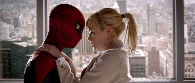 File:Spider-Man and Gwen.jpg