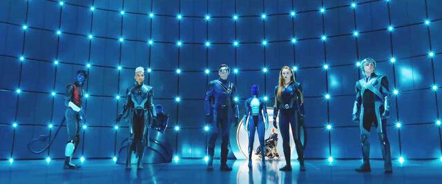 File:X-Men Gang In Suits af7ea.jpg