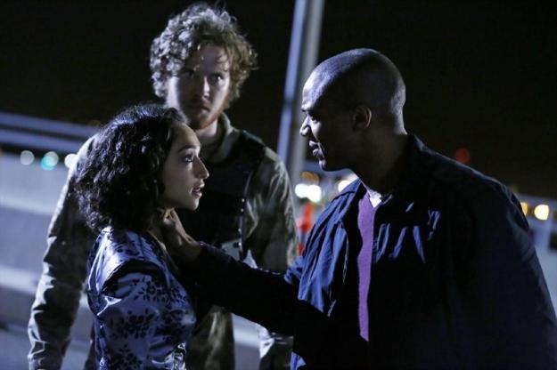 File:Agents of SHIELD The Bridge 12.jpg
