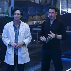 Official First Look at Bruce Banner and Tony Stark