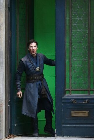 File:Doctor Strange Filming 68.jpg