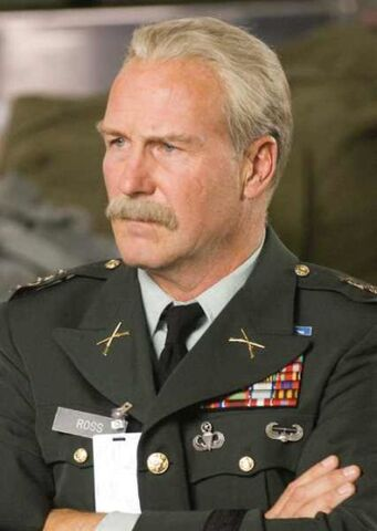 File:William hurt-373x525.jpg