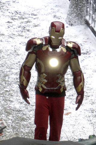File:407676-iron-man-avengers-2.jpg