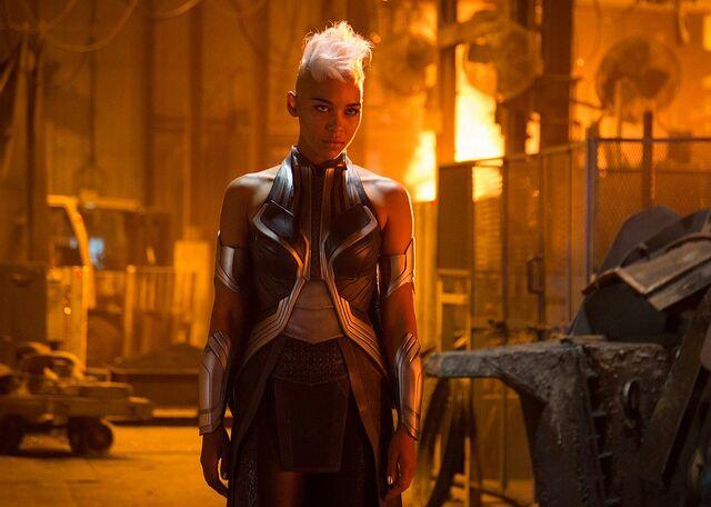 File:Alexandra-Shipp-Storm-in-X-Men-Apocalypse.jpg