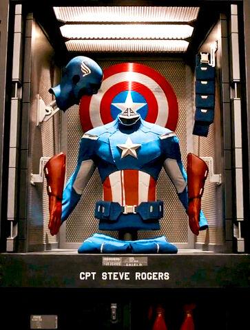 File:Avengers Capsuit.jpg