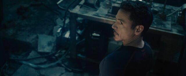File:Tony Stark AOU 2.jpg