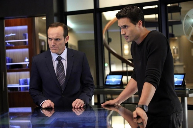 File:Agents of SHIELD The Well 07.jpg