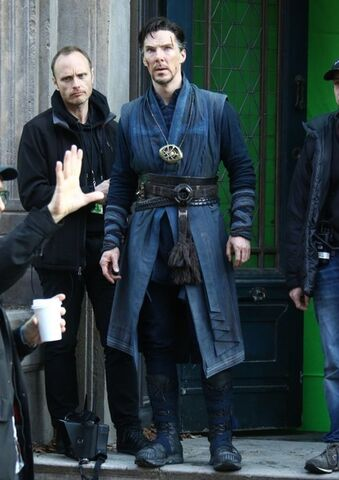File:Doctor Strange Filming 58.jpg