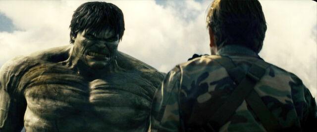 File:The-Incredible-Hulk-2008-Stills-the-incredible-hulk-1195283 1920 804.jpg