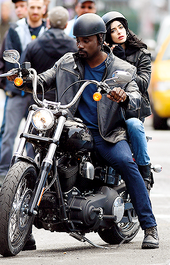 File:AKA Jessica Jones filming 9.png