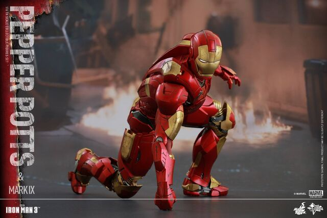 File:Iron Man Mark IX and Pepper Hot Toys 04.jpg