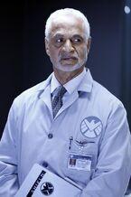Dr. Streiten