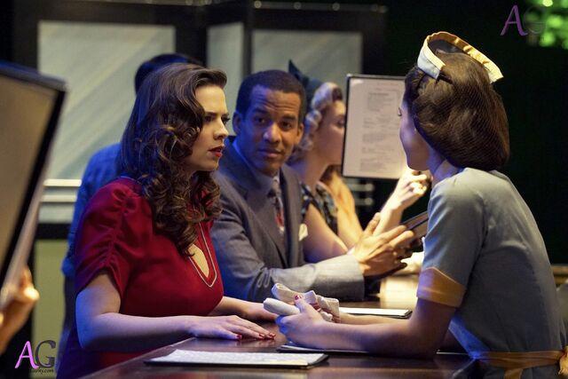 File:Agent Carter AirunGarky com 2x09-28.jpg