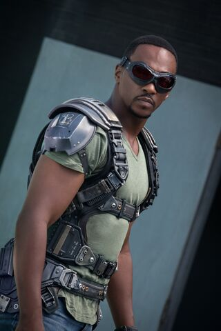 File:SamWilson-geared up.jpg