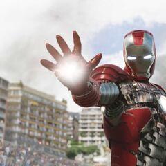 Iron Man confronting Whiplash.