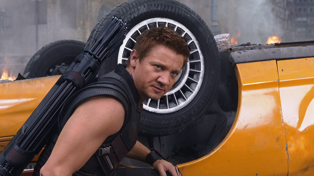 File:HawkeyeReady-Avengers.png