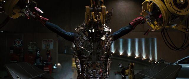 File:Iron-man1-movie-screencaps.com-8969.jpg