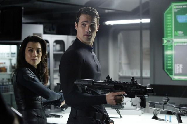 File:Agents of SHIELD Yes Men 04.jpg