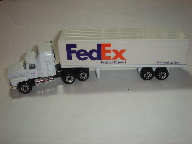 File:MBX Mack CH600.JPG