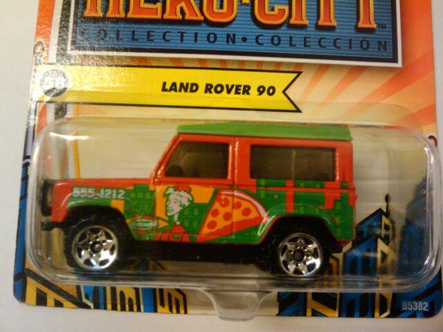 File:Hero city land rover 90.jpg