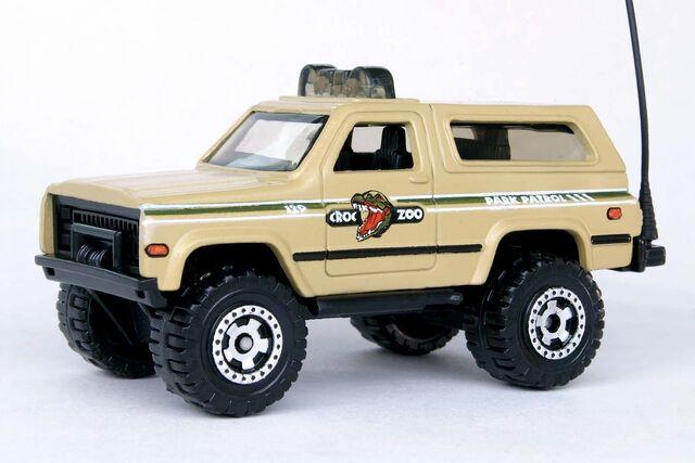 File:Chevy Blazer 4x4 - 8446cf.jpg