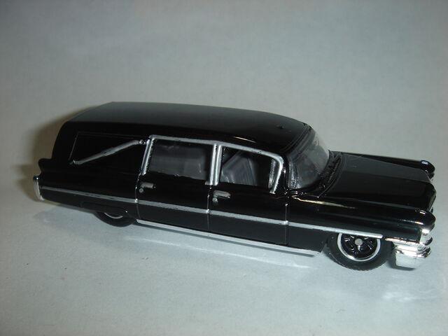 File:MBX 1963 Cadillac Hearse.jpg