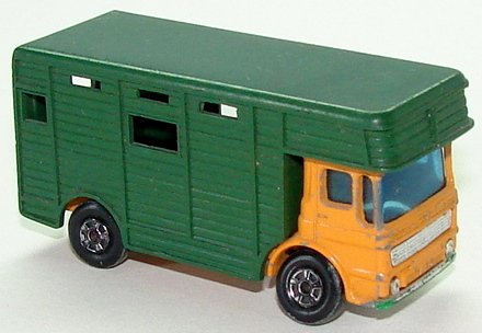 File:7117 Horse Box L.JPG