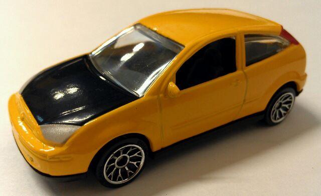 File:Ford focus yellow.jpg