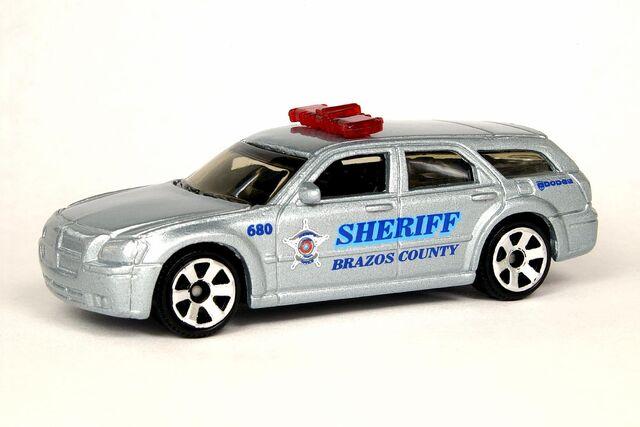 File:Dodge Magnum Police - 5746cf.jpg