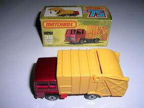 Refuse Truck (1981)