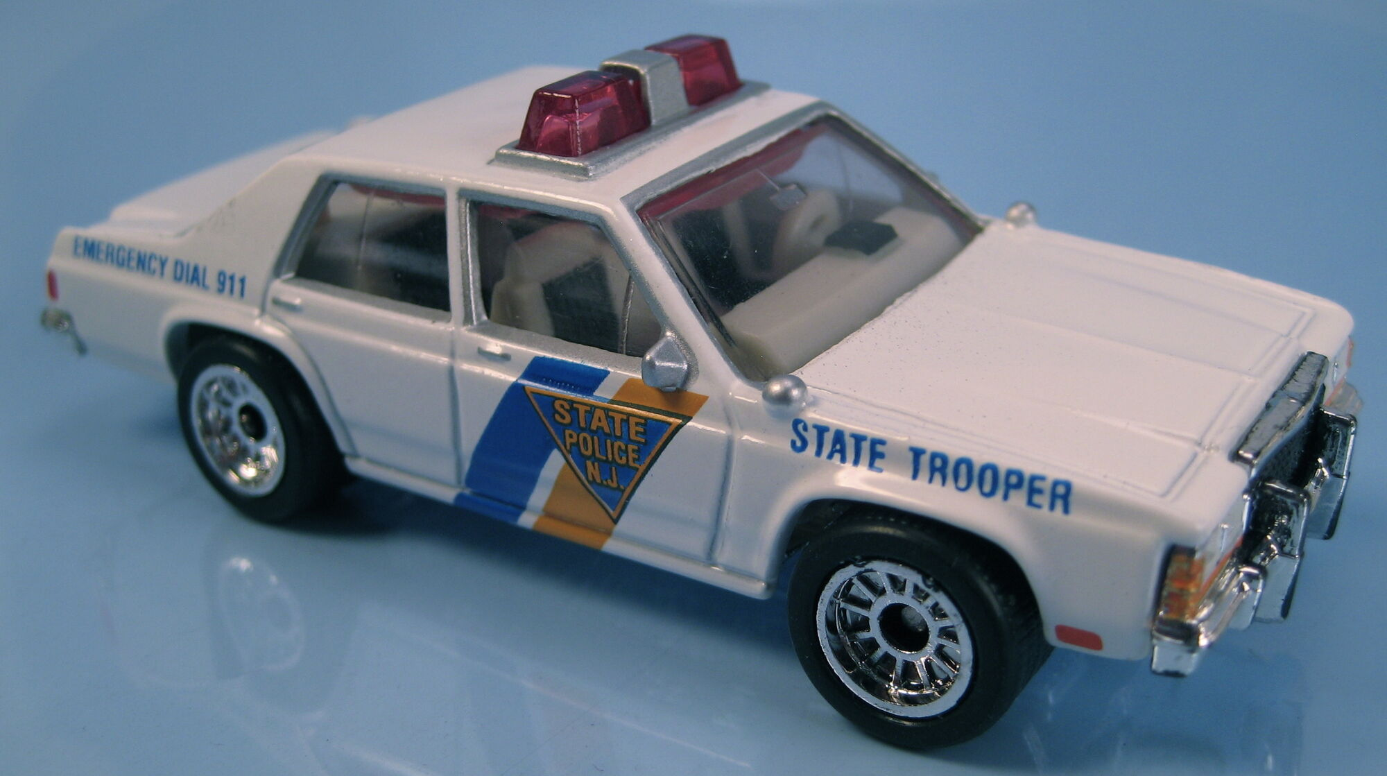 2014 Matchbox Mission Force Police FORD POLICE INTERCEPTOR ...