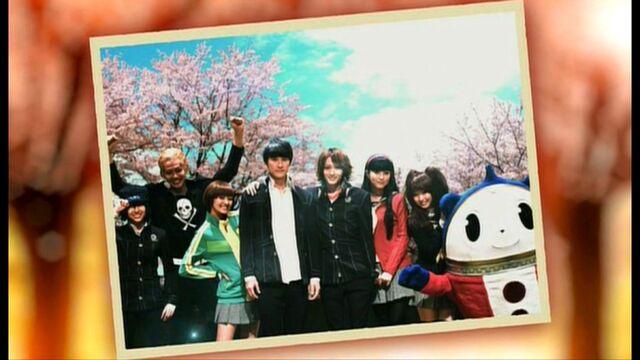 File:VisuEvo Cast Photo.jpg