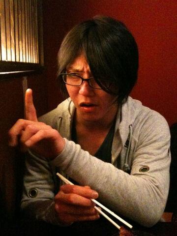 File:Yasuda Suzuhito.jpg