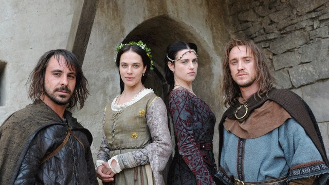 http://vignette1.wikia.nocookie.net/merlin1/images/1/1f/Katie_McGrath_Labyrinth_TV_MiniSeries-5.jpg/revision/latest?cb=20130207115659