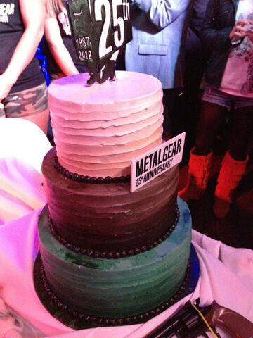 File:Metal-Gear-25-Party-Cake.jpg