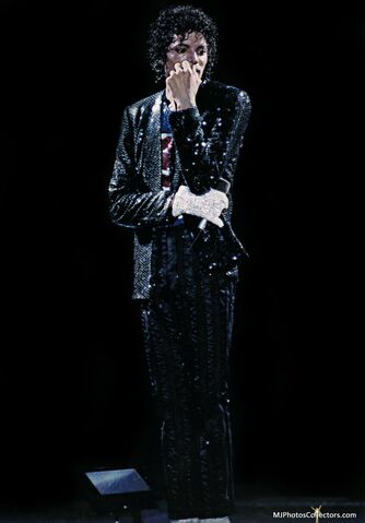 File:Victory-Tour-Billie-Jean-michael-jackson-12771054-836-1200.jpg