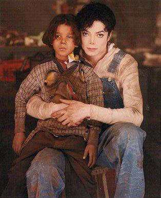 File:MJ 2012 - 1995 Childhood.jpg