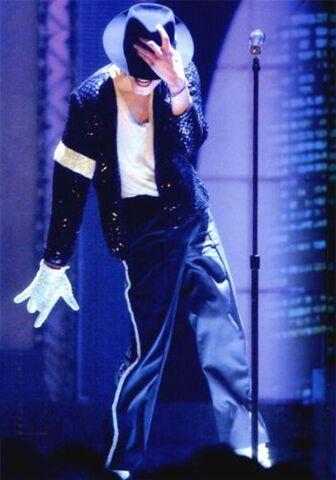 File:Michael Jackson Billie Jean 11.jpg