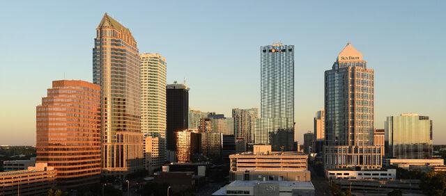 File:Tampa Florida November 2013-2b.jpg
