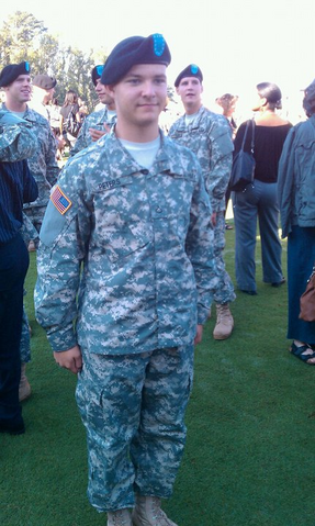File:Wilhelm in u s army uniform 2010.png